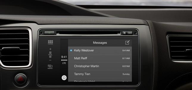 Apple-CarPlay-webeyn-2