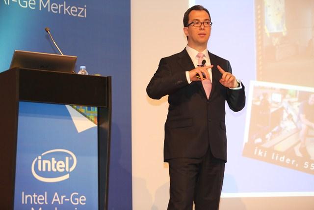 Intel-Turkiye-Genel-Muduru-Burak-Aydin-webeyn