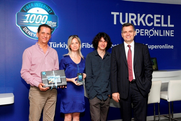 Turkcell-Superonline-aboneler-webeyn