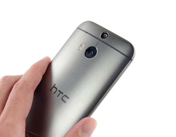 Yeni-HTC-One-parcalarina-ayirildi-iFixit-webeyn-1