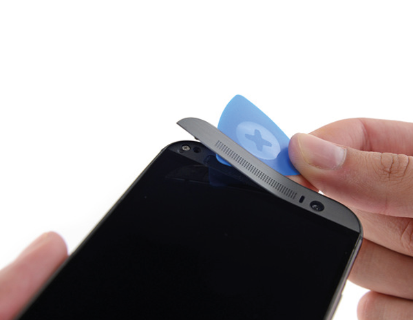 Yeni-HTC-One-parcalarina-ayirildi-iFixit-webeyn-4